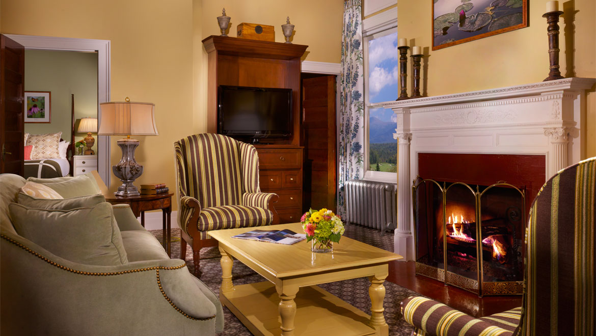 New England Accommodations Fireplace Rooms