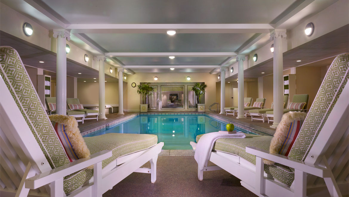 Indoor pool at Mount Washington