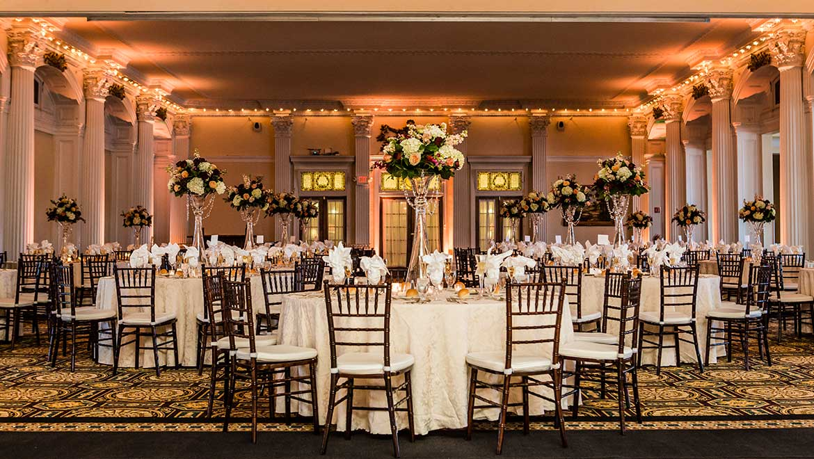Framed By Sculpted Ivory Colored Pillars And A Panoramic View Of The Presidential Range Grand Ballroom Is Perfect For An Afternoon Or Evening Wedding