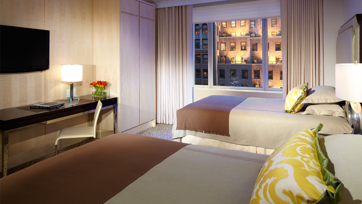 New york hotel rooms omni berkshire place - Hotel suites new york city 2 bedrooms ...