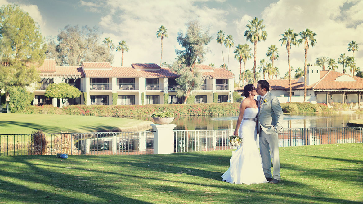 Your Dream Wedding on the 6th Tee