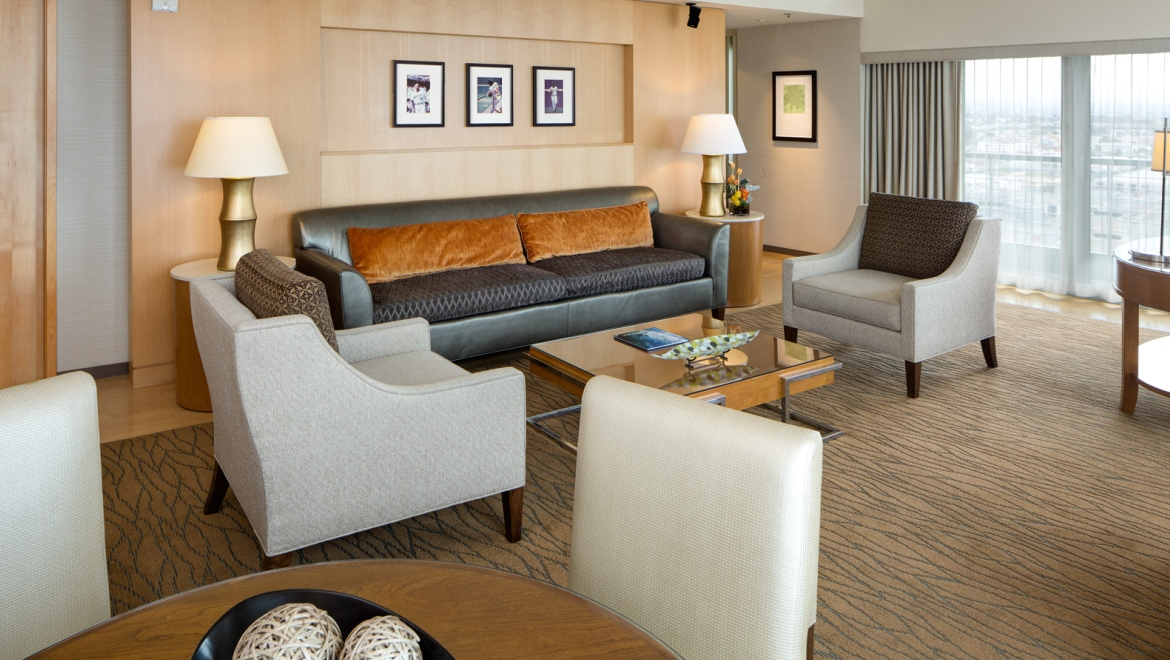 Living Room Suits : Suites in San Diego  Guest Rooms  Omni San Diego Hotel