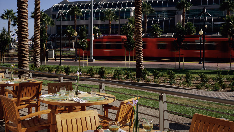 San Diego Hotel McCormick U0026 Schmicku0027s Seafood Restaurant Outdoor Dining