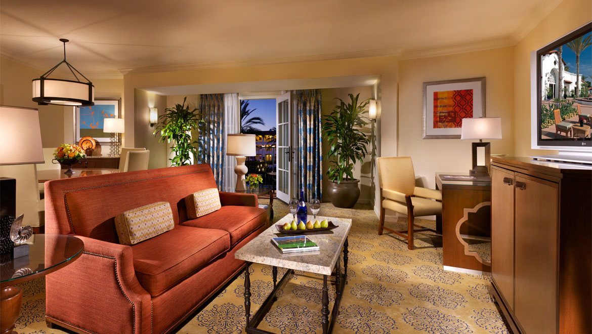 La Costa plaza parlor suite living area