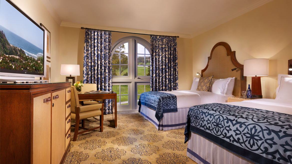 Signature two queen bed room
