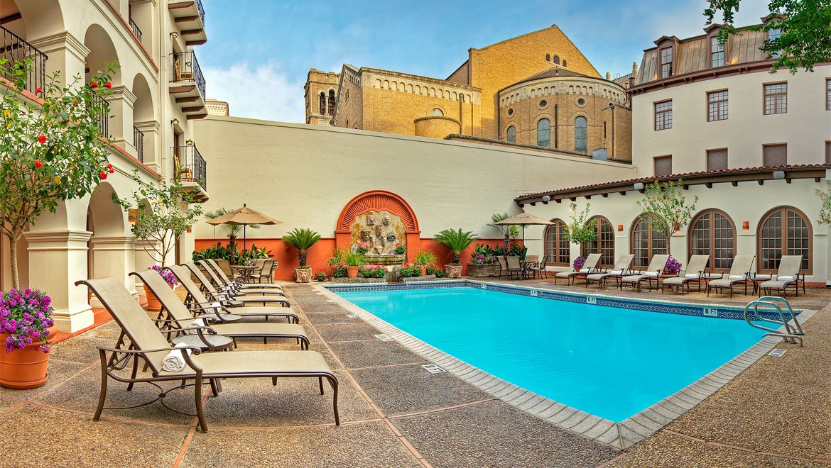 Mansion With Swimming Pool san antonio hotel pool | omni la mansión del rio