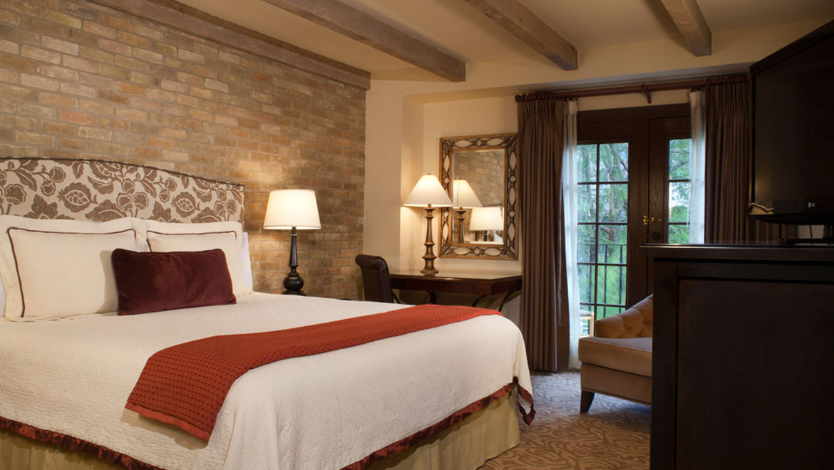 2 Bedroom Suites In San Antonio Riverwalk