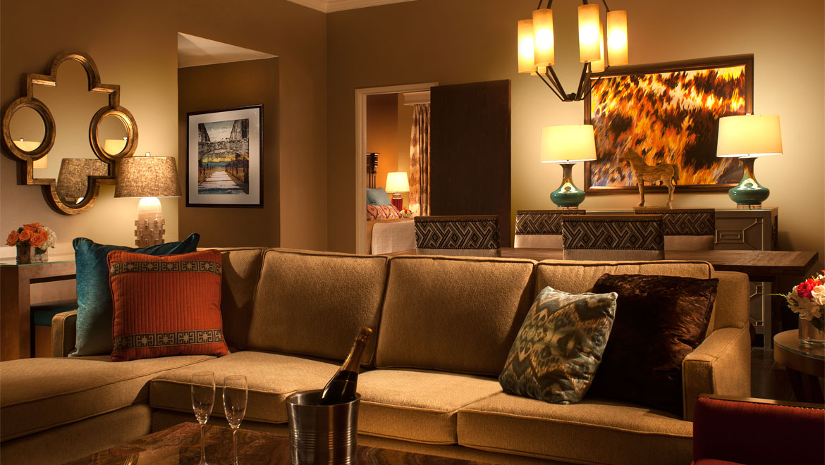 Hotel Rooms in San Antonio | Omni Hotel at the Colonnade