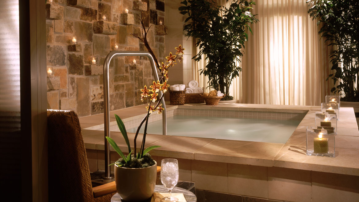 Mokara Spa indoor hot tub