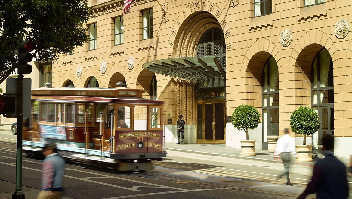 Cable car in front of Omni San Francisco Hotel entrance