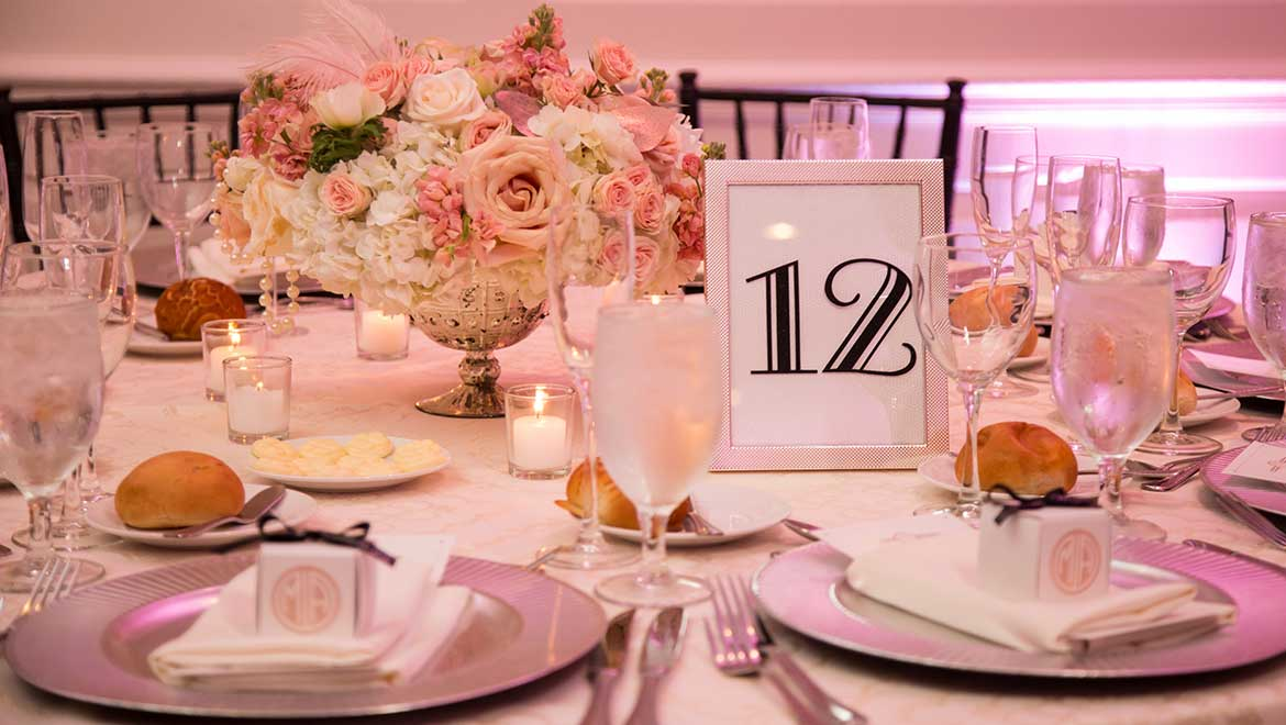 Table Setting at Real Wedding