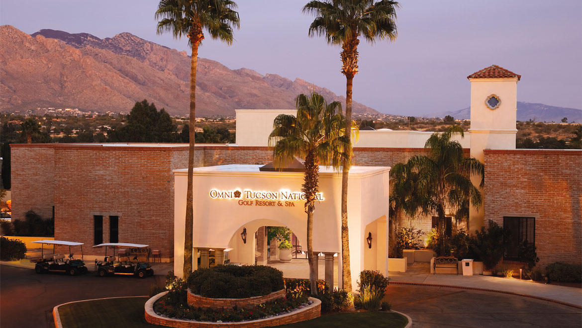 Tucson resort details and amenities omni tucson national for Tucson lodging cabins
