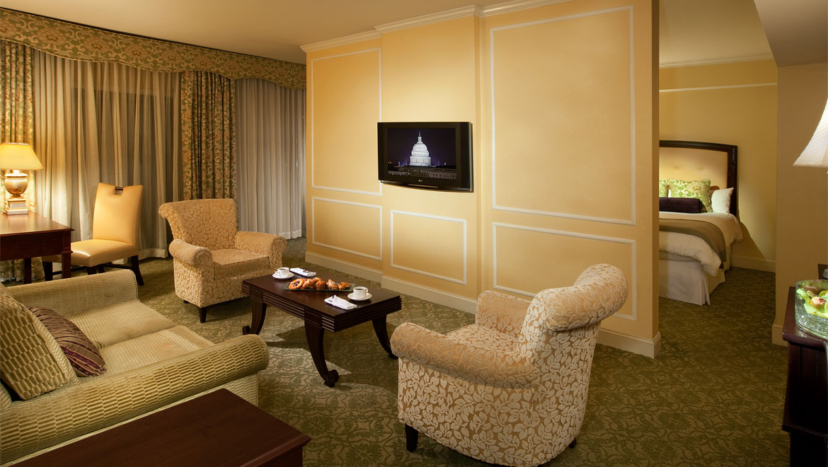 Hotel suites in washington dc accommodations omni shoreham for Deluxe hotel