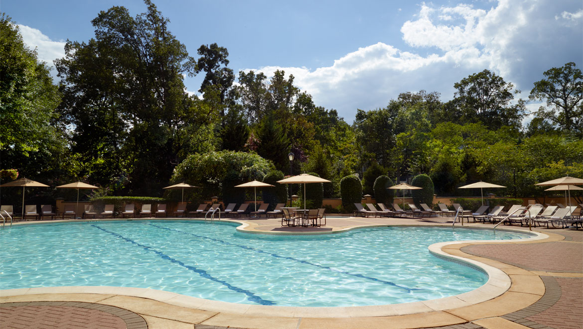 Omni Shoreham Hotel Pool