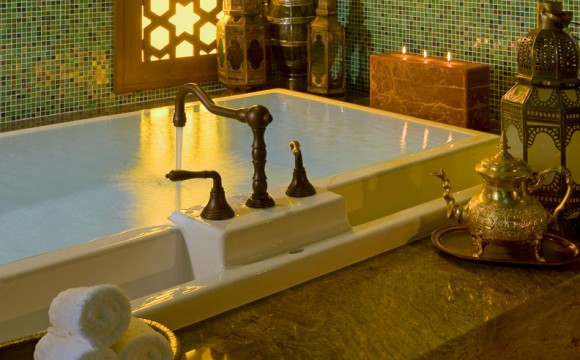 omni-scottsdale-resort-montelucia-joya-spa-grand-palace-suite-tub