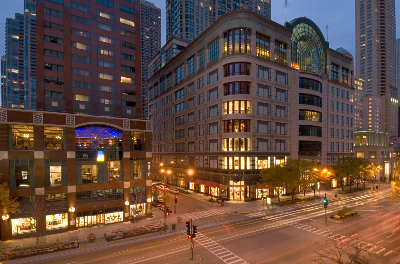 Where to Stay in Chicgao: Omni Chicago Hotel