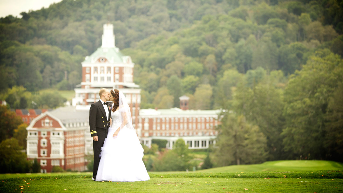 homrst-omni-homestead-resort-military-wedding