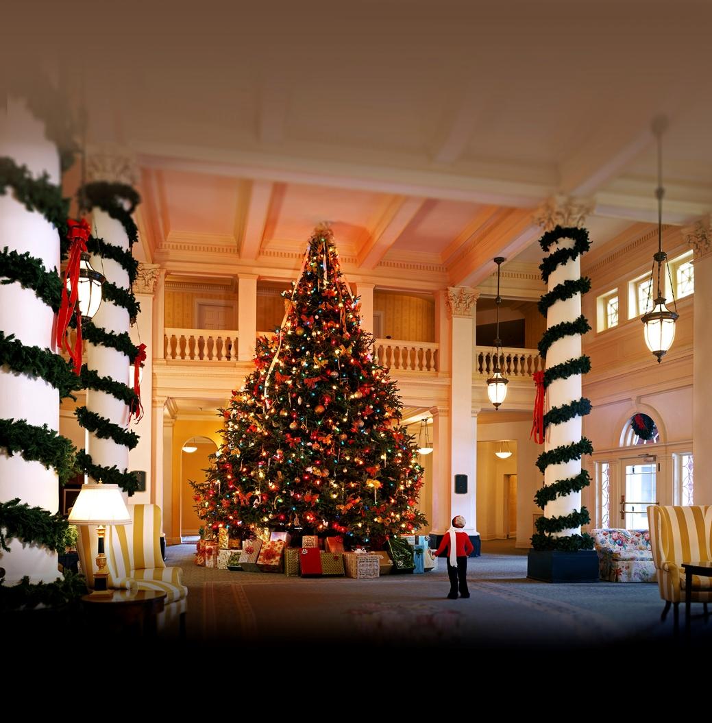 Omni Christmas Decor