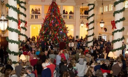 Homestead's Great Hall Christmas Tree Tradition