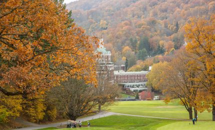Top 7 Ways to See Fall Foliage at The Omni Homestead Resort