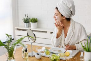 Woman doing a stay at home facial