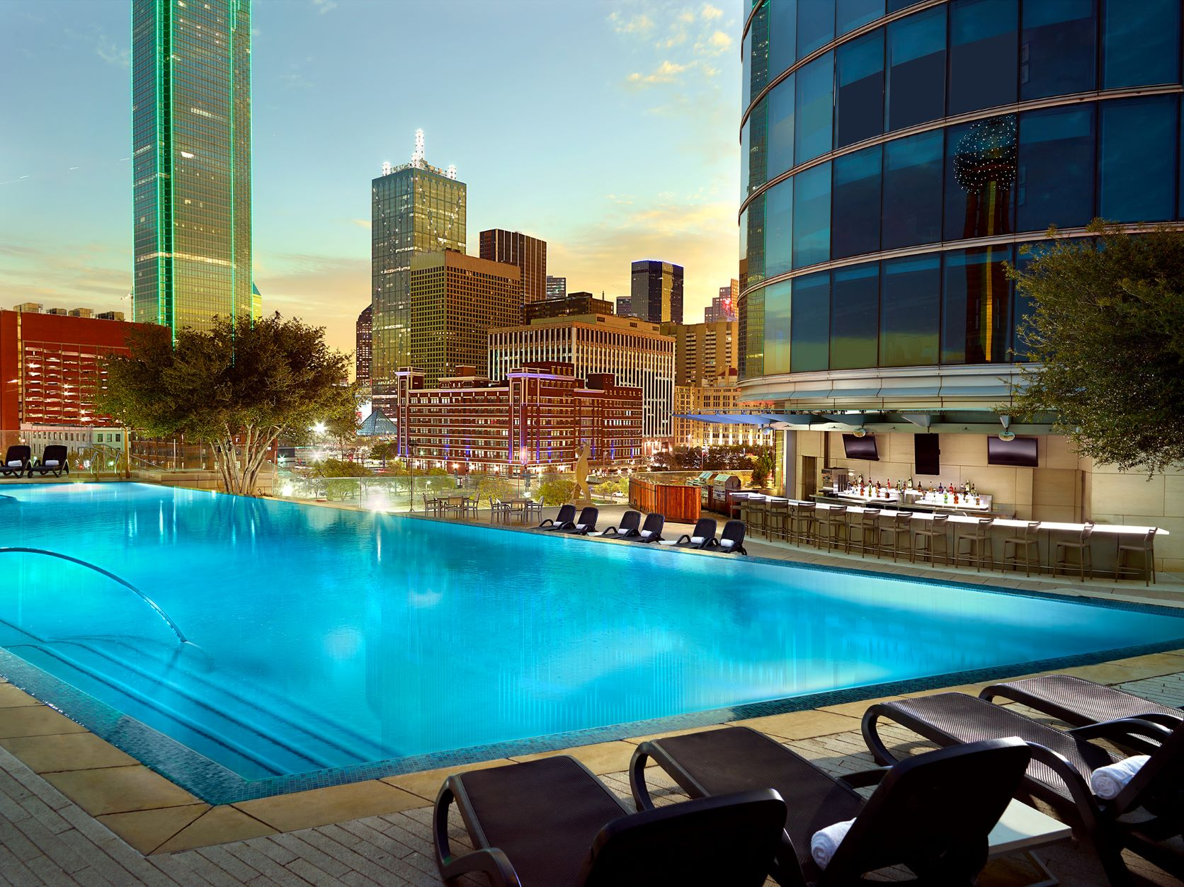 Roof top pool in Dallas