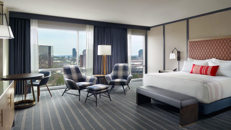 Remarkable Atlanta Luxury Hotel Omni Hotel At The Battery Atlanta Home Interior And Landscaping Analalmasignezvosmurscom