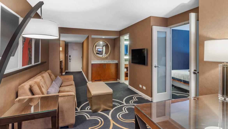 Hotels In Chicago | Omni Chicago Hotel