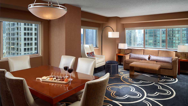 Enjoyable Hotels In Chicago Omni Chicago Hotel Download Free Architecture Designs Philgrimeyleaguecom